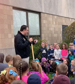 Rep. Frank Burns planted a tree with our Kindergarten and Pre-K classes.